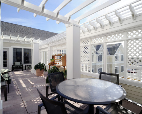 Sunrise Assisted Living Metairie Patio