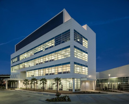 Pontchartrain Housing Corp Office Dusk 2 | DonahueFavret Contractors, Inc. | Louisiana Commercial General Contractors