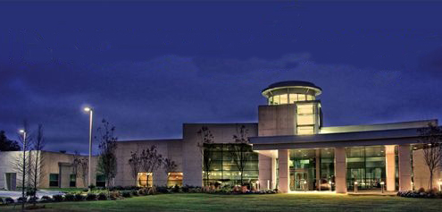 Hammond Hospital Center facade at night | DonahueFavret General Contractor | Louisiana and Gulf South