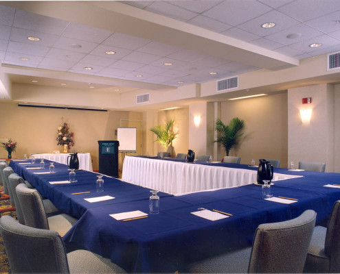 Embassy Lofts Hotel New Orleans Meeting Room