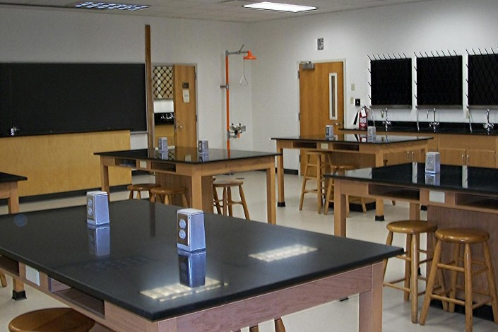 Xavier University New Orleans Science Lab Renovation