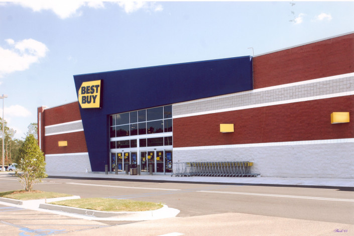 exterior of Best Buy Covington LA | DonahueFavret General Contractors | Louisiana and Gulf South