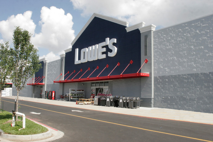 facade of Lowe's Jefferson, LA | DonahueFavret General Contractors | Louisiana and Gulf South