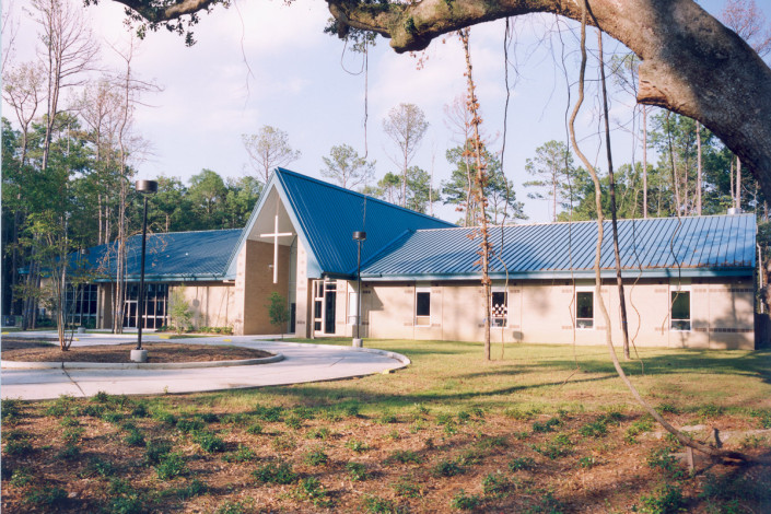 DonahueFavret General Contractor, Louisiana and Gulf South | Mary Queen of Peace Church Mandeville LA facade