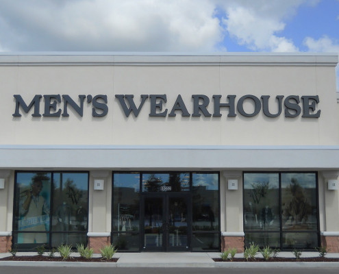 facade of River Chase Retail Covington Mens Wearhouse | DonahueFavret General Contractors | Louisiana and Gulf South