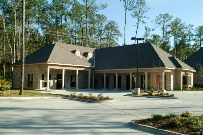 facade of Schof Dental Office Mandeville LA | DonahueFavret General Contractors Louisiana and Gulf South