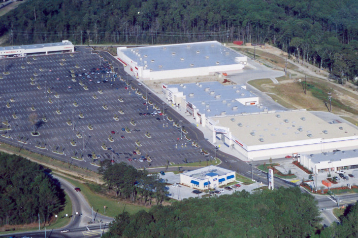 aerial view of Stirling Slidell Retail Center | DonahueFavret General Contractors | Louisiana and Gulf South