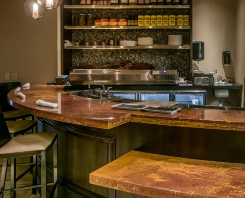 Trenasse Restaurant New Orleans Bar | DonahueFavret General Contractors | Louisiana and Gulf South